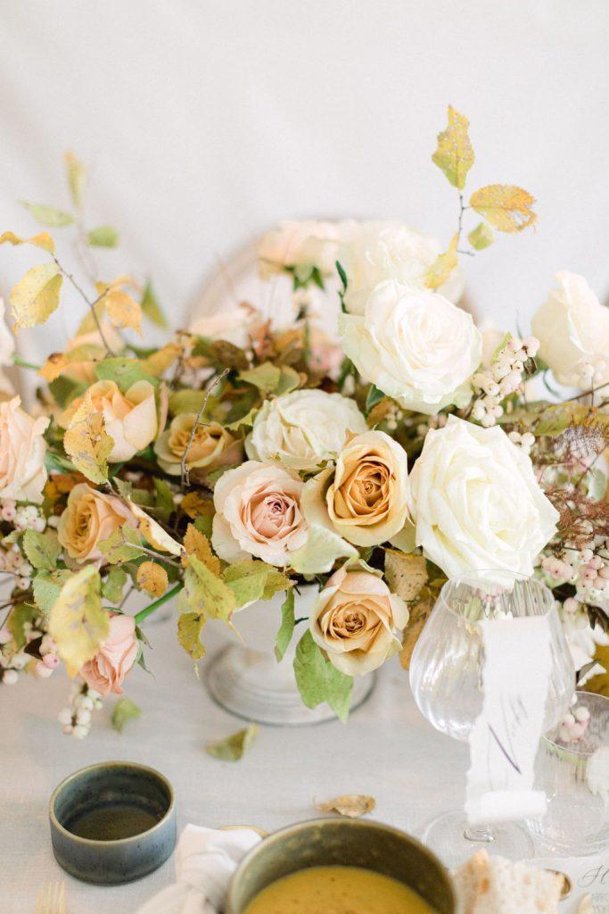 wedding flower centerpiece photgrapher vasilis kouroupis
